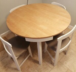 Round Space Saving Table And 4x Chairs