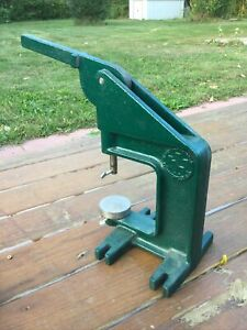 Lionel train repair tool press Hobby Horse,excellent,many Attachments