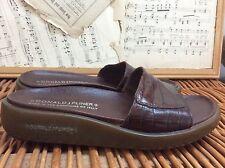 DONALD PLINER Cocoa Brown MOCK CROC Gator Sandals Shoes FRUTTA SLIDES 6.5 ITALY