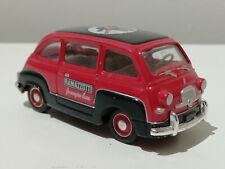 1960 FIAT 600 MULTIPLA MIT RAMAZOTTI - WERBUNG 1:43 VON BRUMM  MADE IN ITALY