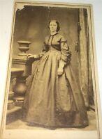 Antique American Civil War Era Victorian Fashion Beautiful Woman CDV Photo! US!