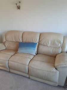 3 Piece Cream/Beige Leather Suite With Manual Recliners