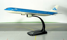 KLM Royal Dutch Airlines Airbus A330-200 1:200 Herpa Snap-Fit Modell 609418 NEU