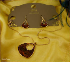 MARKS & SPENCER. GOLD PLATED & AMBER ENAMELLED NECKLACE & EARRING SET (27)