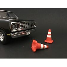 TRAFFIC CONES ACCESSORY SET OF 4 1:18 SCALE MODELS BY AMERICAN DIORAMA 77520
