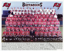 1997 TAMPA BAY BUCCANEERS NFL FOOTBALL 8X10 TEAM PHOTO