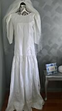 1980s Victorian Fantasy White Wedding Dress with embroided veil Size 14 - Excell