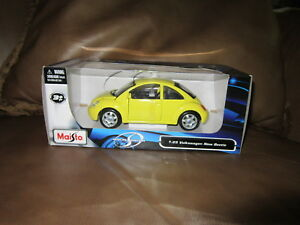Maisto Special Edition 1:25 Scale Volkswagen Beetle