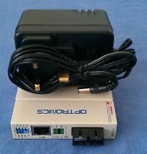 Optronics MC01MSC2UKE Convertidor De Medios Fibra A Ethernet con alimentación del Reino Unido