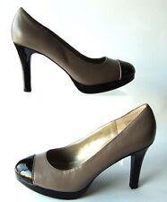Tahari Black Patent Toe Cap Gray Leather Laurie Sz 9M