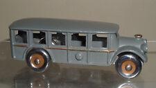 VINTAGE ARCADE CAST IRON BUS MODEL 1558 TOY CAR