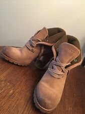 womens Ugg heeled ankle boots size 8