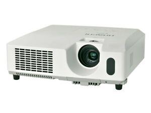 Hitachi ED-X42 Beamer Projektor 2200 ANSI-Lumen 1600 x 1200 (UXGA)