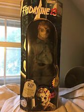 """Spencer's~Horror Collector Series~FRIDAY THE 13TH~JASON VOORHEES~18"""" Figure"""
