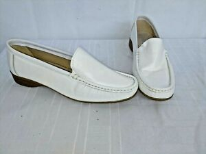 PAVERS WHITE COMFORT WEAR LOAFERS SIZE UK 8 NWOB