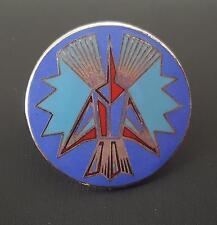 STAR TREK ROMULAN CREST LOGO PIN - 1985 BLUE RED BLACK & SILVER ENAMEL METAL PIN