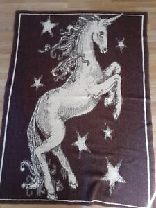 Vtg Unicorn Horse Throw Or Queen Cream & Brown 70x52 lintex international spain