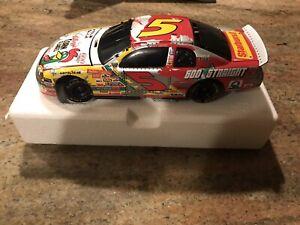 1998 NASCAR ACTION TERRY LABONTE #5 1998 MONTE CARLO 1/24 SCALE BANK NIB