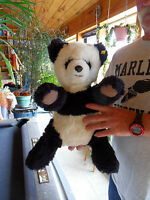 Steiff Panda panda bear Molly  large  button flag Germany 1208