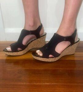 Womens Black Sandal Wedge Platform Peep Toe Slingback Shoes sz 39 or 8 AS NEW