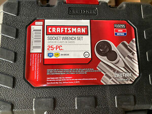 "CRAFTSMAN 25Pc. Piece 3/8"" & 1/4"" Dr Standard & Metric Socket Wrench Set 10295"