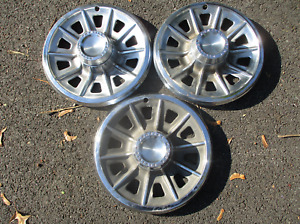 Factory 1965 Pontiac Tempest 14 inch hubcaps wheel covers beaters