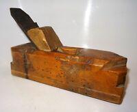 rabot rustique en buis - fer peugeot - outil ancien