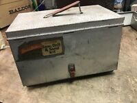 VINTAGE BLACK & DECKER ELECTRIC SAW METAL CARRYING CASE