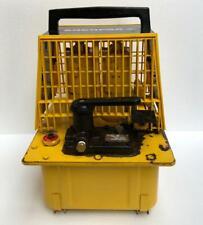 ENERPAC PAM1022 PNEUMATIC AIR HYDRAULIC PUMP/ POWER PACK 700 BAR/10,000 PSI