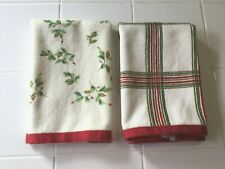 2 Lenox Christmas Fingertip Towels Holiday Nouveau Plaid and Holly