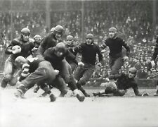 HAROLD RED GRANGE 8X10 PHOTO CHICAGO BEARS PICTURE NFL FOOTBALL GAME ACTION ILLI