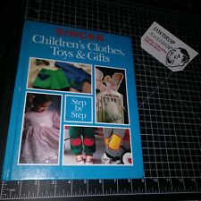VINTAGE SINGER SEWING HARDCOVER BOOK CHILDRENS TOYS CLOTHES & GIFTS STEP BY STEP