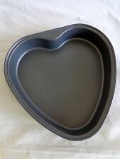 """HEART Shaped Cake Pan 9"""" Non Stick Bakeware Valentine New Without Tags"""