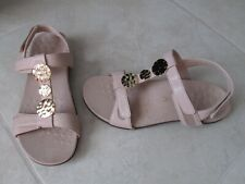 NEW Vionic Farra Lizard Embellished Back Strap Sandals WOMENS SZ 7.5 Nude Beige