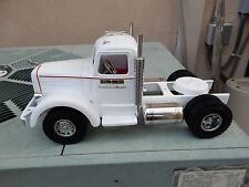 SMITH MILLER LF MACK IN WHITE WITH PINSTRIPPING   CUSTOM TRUCK 1/16 SCALE