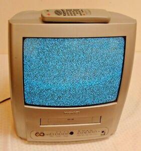 Magnavox 13'' TV VCR Combo Television CRT WORKS 2003 MC132EMG/17 Remote TV/VCR