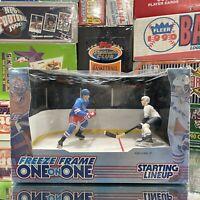 NIB 1998 Starting Lineup NHL Freeze Frame One On One Wayne Gretzky Hockey Toy