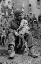 WW2 Picture Photo American Soldier receives a his from a girl 1631