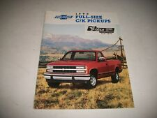 1990 CHEVROLET FULL-SIZE C/K PICKUPS SALES BROCHURE CDN ONLY ISSUE 2 & 4 W DRIVE