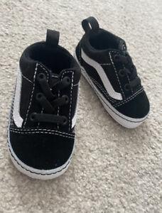 Vans Old Skool Crib Shoes Size 3.5 Unisex Baby Boy Girl New In Box