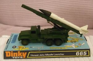 DINKY MILITARY MODEL  * HONEST JOHN MISSILE LAUNCHER *  CAT No 665 - CLEAN/TIDY