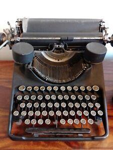 Vintage/Antique c1940s Invoicing Barlock Typewriter Some Missing Keys Prop