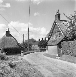 B/W 6x6 Negative Bentworth Hampshire Village Scene 1951 INC ©  redb506