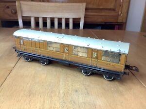 Hornby O Gauge  No.2 LNER Teak Corridor Brake Coach