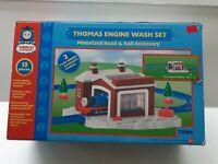 2005 TOMY Sodor ENGINE WASH Track Set Thomas & Friends TrackMaster Road & Rail