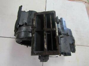 2007-2013 VOLVO C70  Under Dash AC A/C Evaporator Housing Heater Core Element