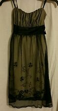 STRAPLESS FORMAL DRESS by A. Byer SIZE SMALL BLACK & TAN
