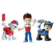 Muñecos, figuras y peluches
