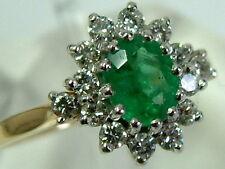 Precioso calidad 18CT Oro Esmeralda Y Diamantes Anillo de cluster clásico