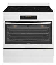 New Westinghouse - WFE946SB - 90cm Electric Freestanding Cooker